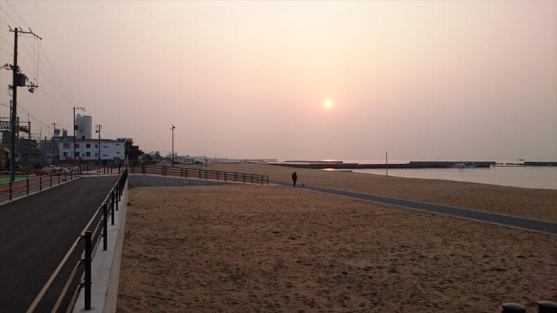 須磨海岸の朝